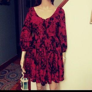 Red / black floral dress Sz- S